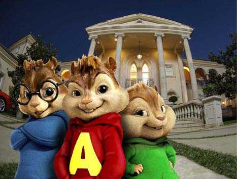 ÊÊ ALVIN AND THE CHIPMUNKS, a global phenomenon to generations of fans, becomes a live action/CGI motion picture event with a contemporary comic sensibility. (In photo from left to right are Simon, Alvin and Theodore.)
