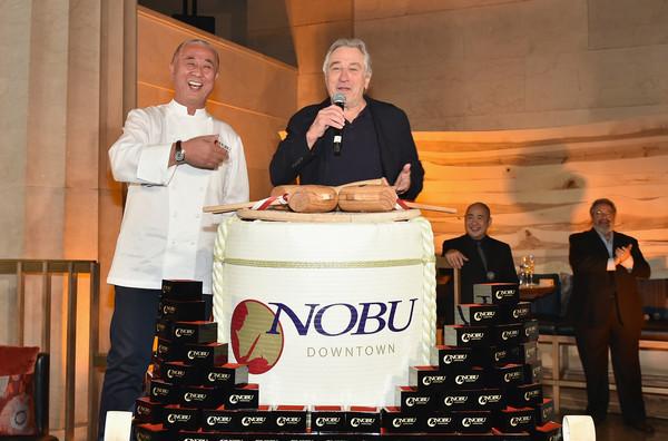 Robert+De+Niro+Nobu+Downtown+Sake+Ceremony+JzmOrDqwfh-l