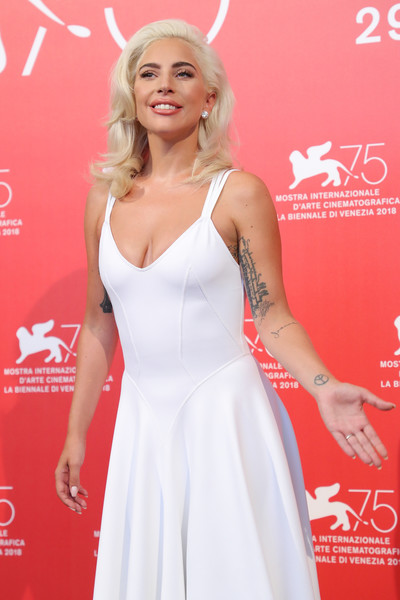 Lady+Gaga+Star+Born+Photocall+75th+Venice+zebzhCWzwY9l