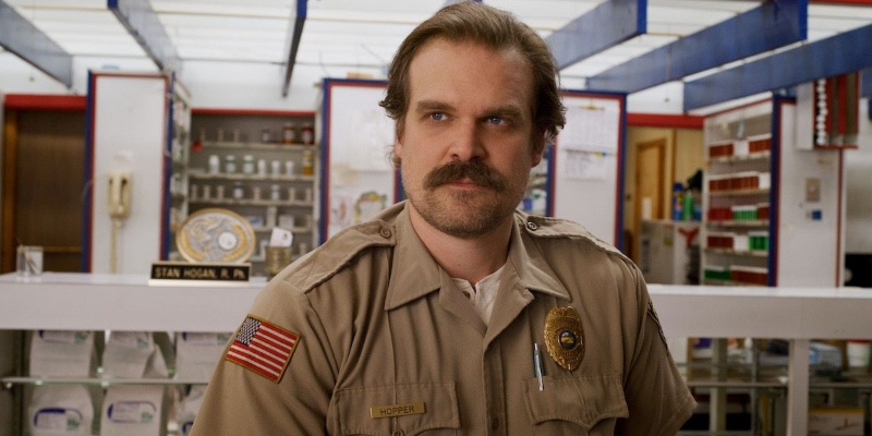 David-Harbour-Stranger-Things-3