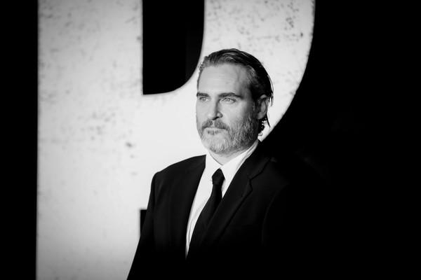 Joaquin+Phoenix+Premiere+Warner+Bros+Pictures+Nee5vOajgAwl