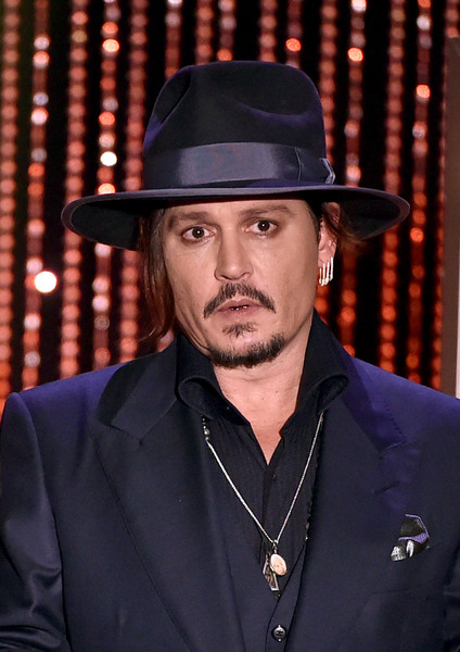 Johnny+Depp+19th+Annual+Hollywood+Film+Awards+thhMU3jfhcsl