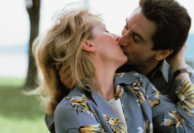 FALLING IN LOVE, from left: Meryl Streep, Robert De Niro, 1984, © Paramount