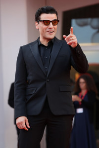 Oscar+Isaac+Dune+Red+Carpet+78th+Venice+International+OG6lyLktmhpx